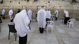 Israele alle prese con la grande diffusione del Covid-19 tra gli ultraortodossi