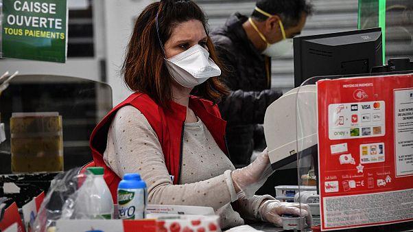 """""""Wir sind keine Helden"""": Arbeiten in Zeiten des Coronavirus"""