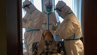 منظمة الصحة العالمية تحذر: معركة آسيا ضد كورونا لم تنته بعد