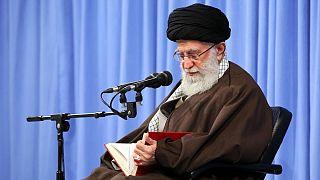 توییتر حسابهای رهبر ایران را برای چند ساعت مسدود کرد