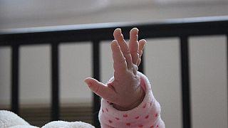 """""""اكتئاب ما بعد الولادة""""... خطر يحدق بالأمهات الجدد جراء إجراءات العزل المعتمدة بسبب فيروس كورونا"""