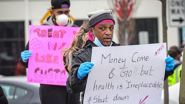 اعتراض کارکنان آمازون به «عدم شفافیت» شرکت درباره تعداد مبتلایان به کرونا