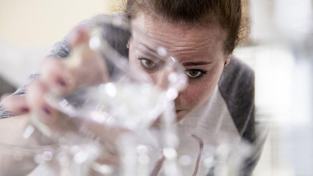 Los líderes deben actuar ahora para levantar las barreras a una recuperación posterior al coronavirus para los destiladores ǀ Ver 35