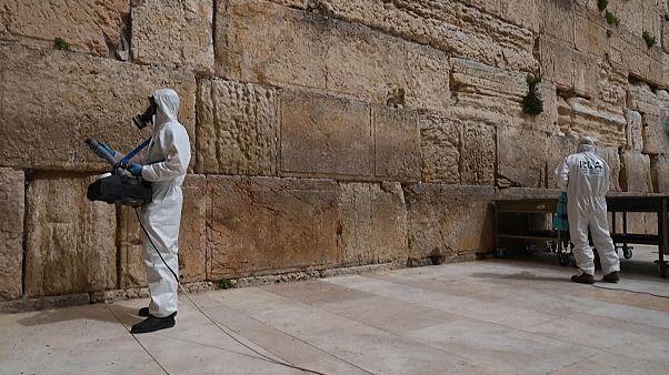 Jerusalem: Klagemauer desinfiziert