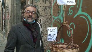 Dal cuore di Napoli il canestro solidale che sfama l'Italia