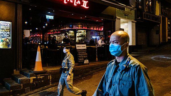 Çinli bilim insanı: ABD ve Avrupa'daki en büyük yanlış virüse karşı maske takmamak