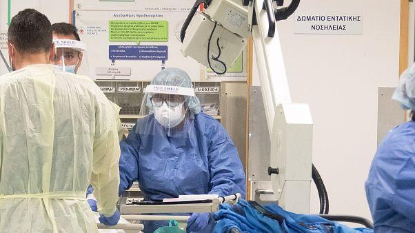 Ιατρικό και νοσηλευτικό προσωπικό στον αγώνα κατά του κορωνοϊού