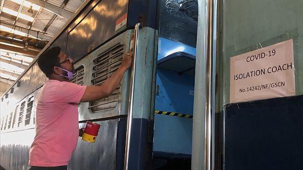 Hindistan'da tren vagonları koronavirüs tedavi merkezleri olarak kullanılacak