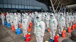 كورونا: الإغلاق الذي فرضته الصين على ووهان مصدر الفيروس منع إصابة 700 ألف شخص