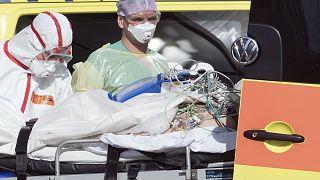 علماء يؤكدون أن فيروس كورونا يصيب القلب أيضا