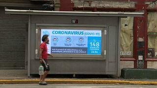 Los desafíos del Covid-19 en América Latina   En las calles de Buenos Aires y en un barrio de Panamá