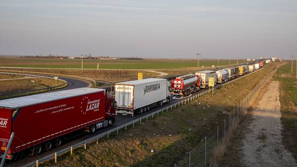 Truck traffic wait times down, but room for improvement