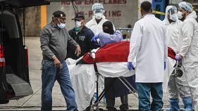 ABD'nin New York kentinde Covid-19 nedeniyle yaşamını yitiren bir hasta