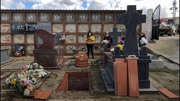 Spagna, funerale in livestreaming ai tempi del coronavirus