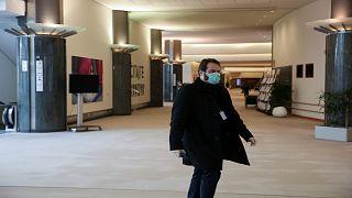 البرلمان الأوروبي يعرض تحويل قاعاته إلى مستشفيات وإقامات مؤقتة للمرضى المحتاجين