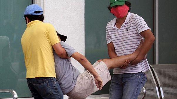 مبتلایان فقیر کرونا در اکوادور در خانه یا در خیابان تنها میمیرند