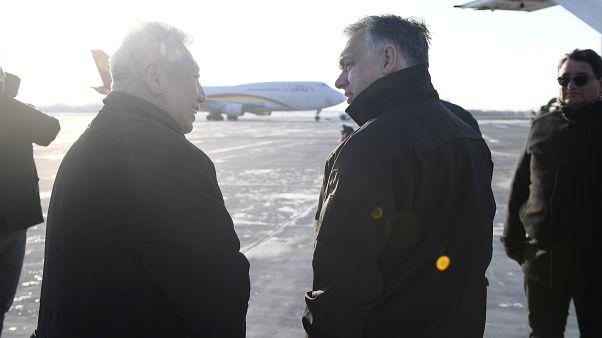 Orbán Viktor a Liszt Ferenc-repülőtéren március 24-én