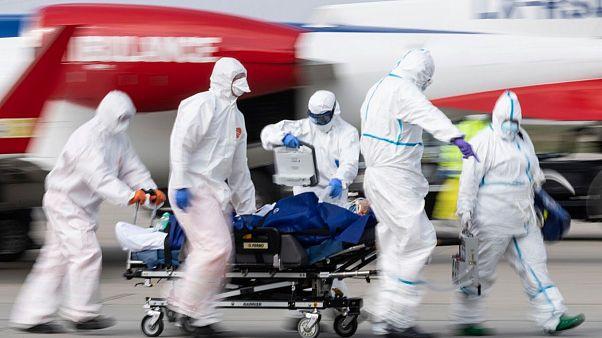 شمار مبتلایان به ویروس کرونا در آمریکا از ۳۰۰ هزار نفر فراتر رفت