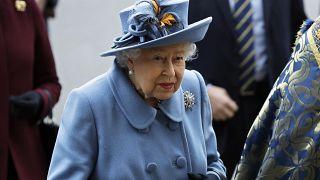 II. Erzsébet: gyász és fájdalom vár a britekre