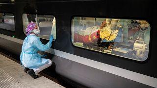 تغییر کاربری قطارهای سریع السیر فرانسه برای انتقال بیماران مبتلا به کرونا