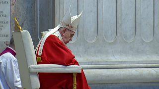La misa del Domingo de Ramos sin fieles