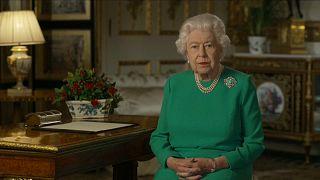 "Isabel II diz que país vai ultrapassar momento de grande ""disrupção"""