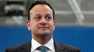 Orvosként is segít az ír miniszterelnök a koronavírus elleni küzdelemben
