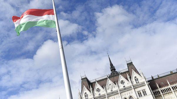Elemzők szerint kérdéses, honnan lesz forrás Orbán gazdaságvédelmi akciótervére