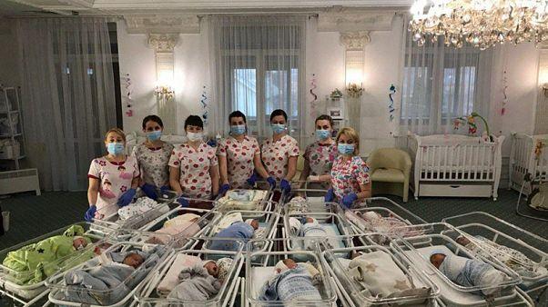 ¿Qué pasa con los bebés de gestación subrogada durante el cierre de fronteras por el coronavirus?