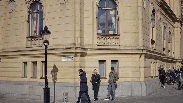 هل فشلت خطة المرونة السويدية في التعامل مع تداعيات فيروس كورونا؟