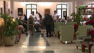 Covid 19: le ''morti nascoste'' tra gli anziani nelle case di cura in Europa