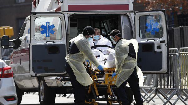 Американский апокалипсис: 2 000 умерших за сутки