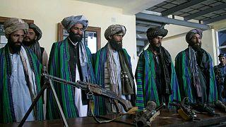 الحكومة الأفغانية تُقرر الإفراج عن 100 سجين من حركة طالبان