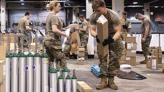 ABD'li askerler salgınla mücadelede görev aldı