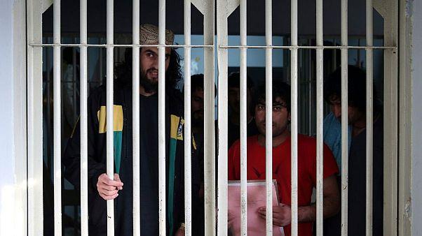دولت افغانستان ۱۰۰ تن از زندانیان طالبان را آزاد کرد