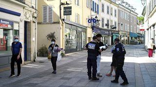 França vai prolongar confinamento