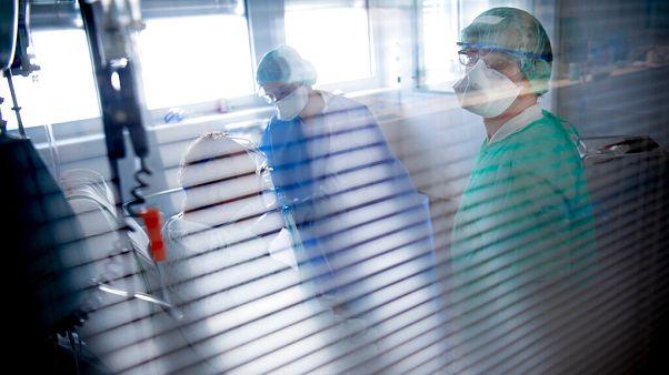 Özel hastaneler Covid-19 tedavisinden ücret almayacak / Arşiv