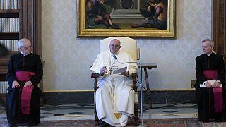"""El Papa Francisco: el coronavirus podría ser una """"respuesta natural"""" al cambio climático"""