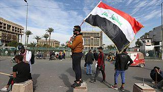 Irak'ta bir ayda üçüncü başbakan adayı: Eski istihbarat başkanı Kazimi görevi devraldı