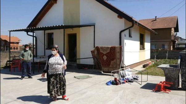 Gitanos atrapados por la pandemia en Bosnia