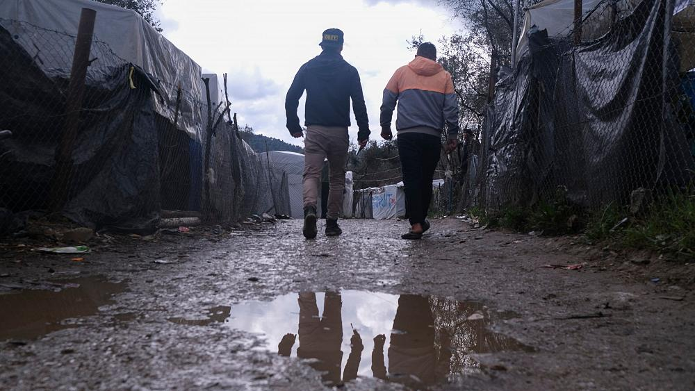 """Europa acusada de """"hacer la vista gorda"""" ante el riesgo de coronavirus en los campos de migrantes 12"""