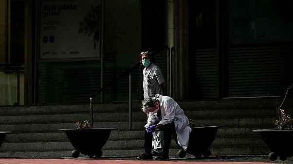 آمار جانباختگان ویروس کرونا در جهان به ۱۰۰ هزار نفر رسید