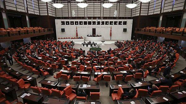 İnfaz düzenlemesi teklifinin ilk 10 maddesi TBMM'de kabul edildi