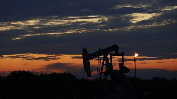 Заберите свою нефть, и мы вам сами заплатим: WTI стоит меньше 0