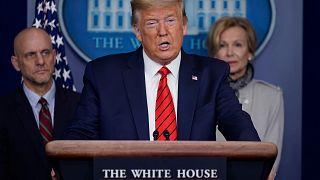 """ترامب يقول إنّ موعد إعادة فتح الاقتصاد الأمريكي سيكون """"أكبر قرار"""" خلال رئاسته"""