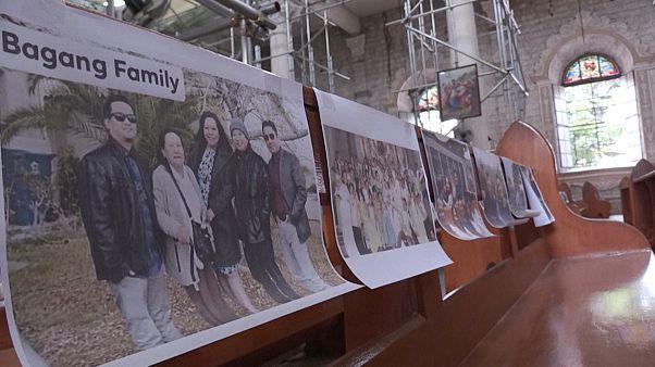 شاهد: الصور بديلا عن المصلين في قداس عيد الفصح بالفلبين بسبب كورونا