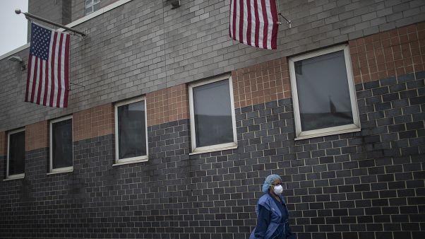 Arzt sieht junge und alte Patienten: Warum so viele Tote in New York?