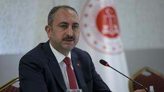 adalet bakani gul 17 hukumluye covid 19 tanisi konuldu 3 hukumlu hayatini kaybetti euronews