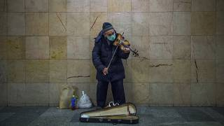 Virus Outbreak 24 Hours Photo Gallery