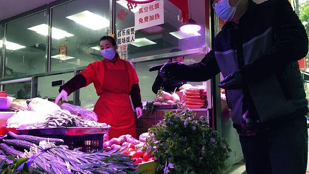 شاهد: الحياة تعود مجددا إلى مدينة ووهان الصينية
